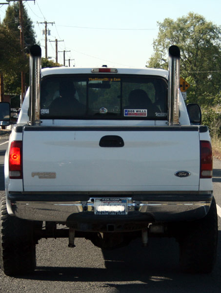 f350-dual-exhaust-stacks-05.jpg