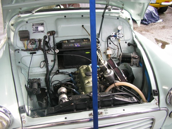 morrys engine bay.jpg