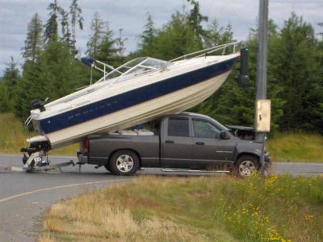 how_to_load_boat_on_truck_1_small_753.jpg