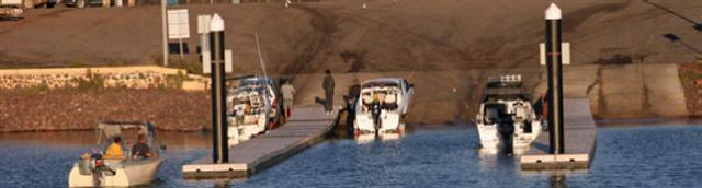Boat Launching Wallaroo (Small).jpg